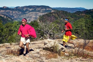 chihuahua-tarahumara-runners-1000x1000