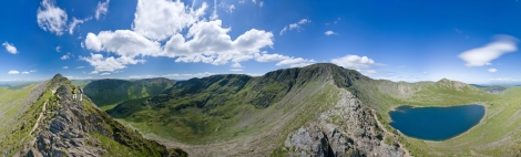Helvellyn_Striding_Edge_360_Panorama,_Lake_District_-_June_09